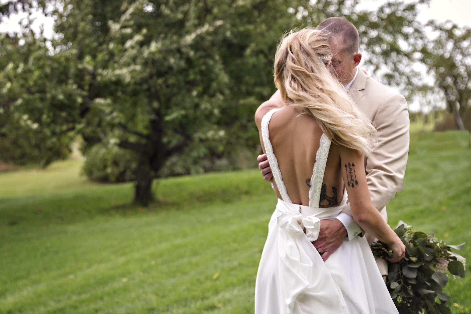 Starry Night Barn and Studios Wedding Couple